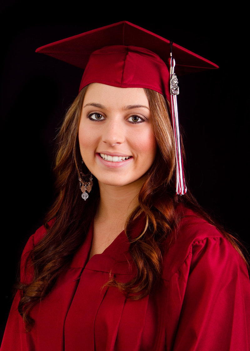 Seniors_Cap and Gown (117 of 20)