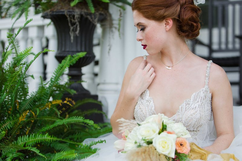 Great gatsby inspired bridal portrait with ferns