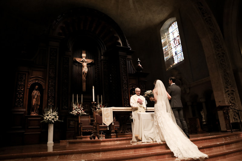 preston_emily_wedding_day_catholic_church_shermon_oaks_ca_castaway_reception_hall_veil_in_wind_by_cassia_karin_lux_aeterna_photography-21