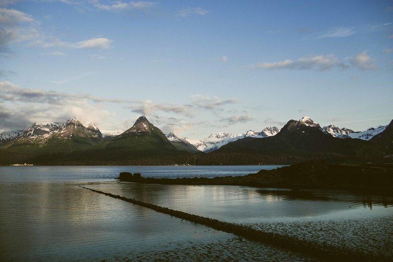 TheCotters-ValdezWedding-DockPointBeach-©LaurenRoberts2016-16
