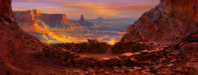 false-kiva-canyonlands-national-park