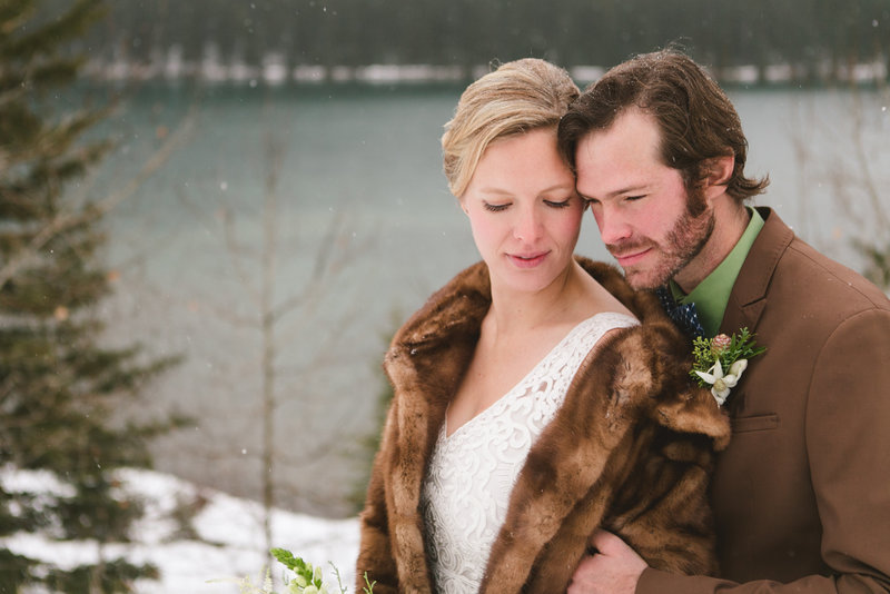 banff_winter_saskatchewan_canada_wedding_photographer_001
