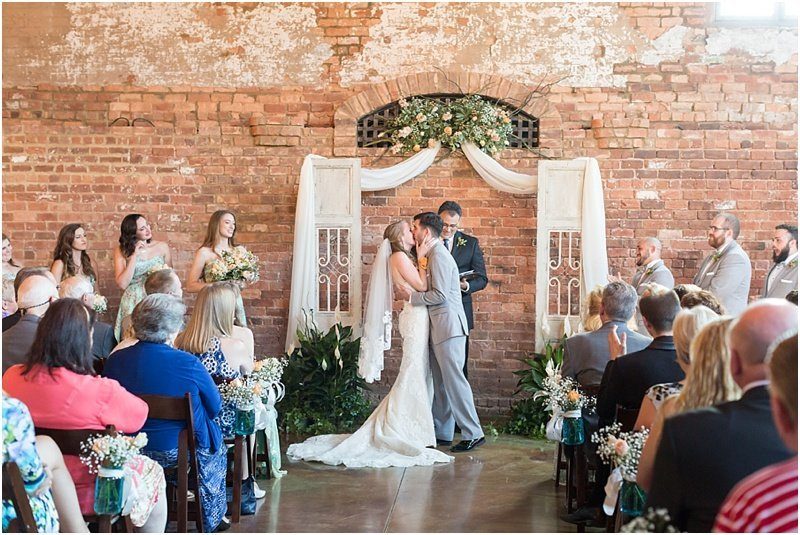 old_cigar_warehouse_greenville_wedding_venue_14