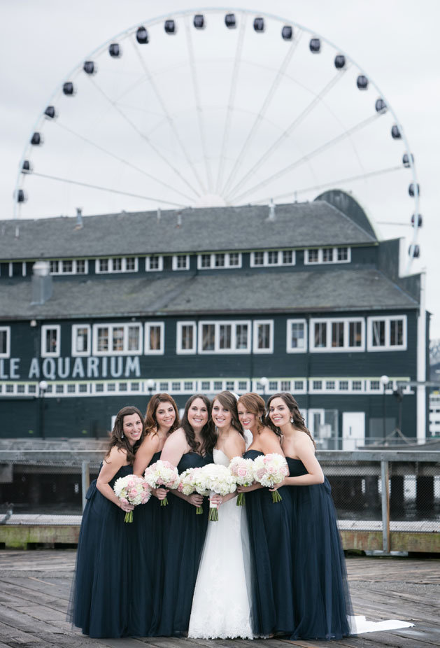 seattle-great-wheel-wedding-photos