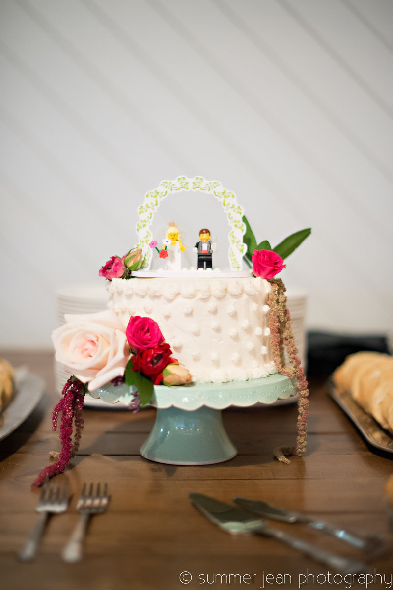 Wedding Cake with Lego people