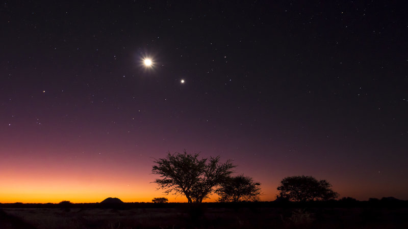 Night timelapses in Namibia with Raven 6 Studios and Omujeve Safaris
