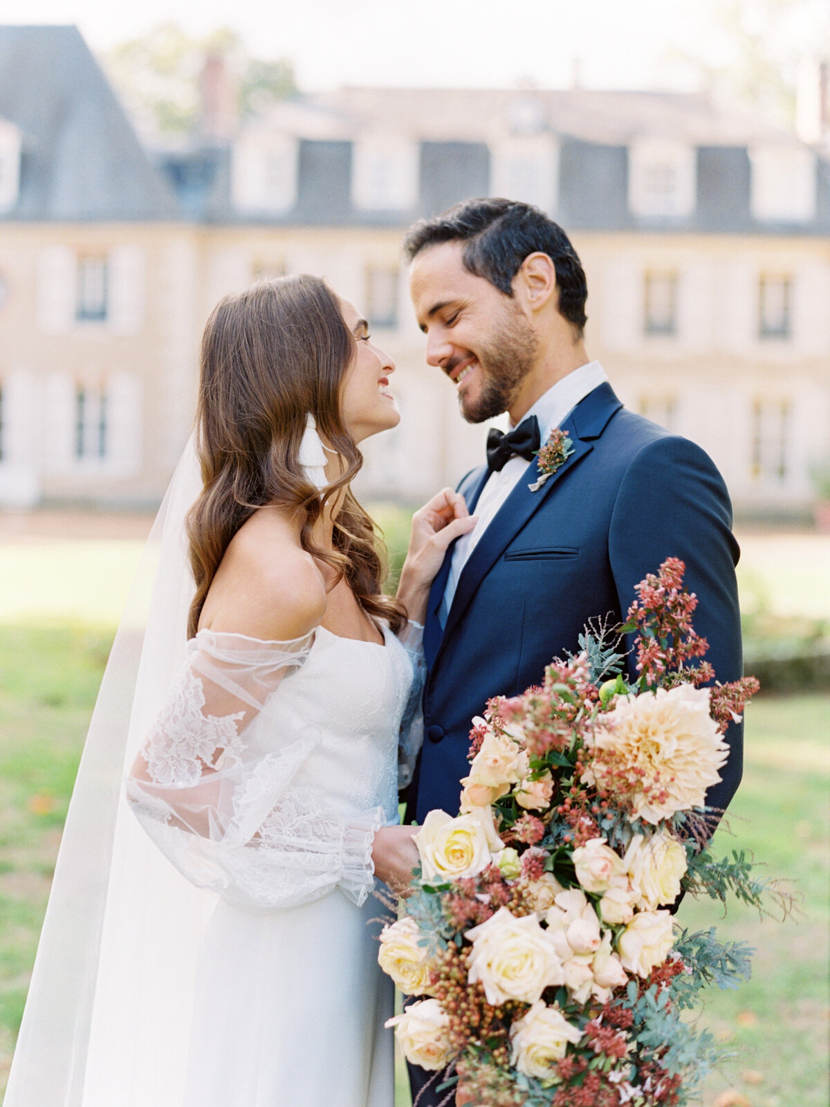 chateau-bouthonvilliers-wedding-paris-wedding-photographer-mackenzie-reiter-photography-32