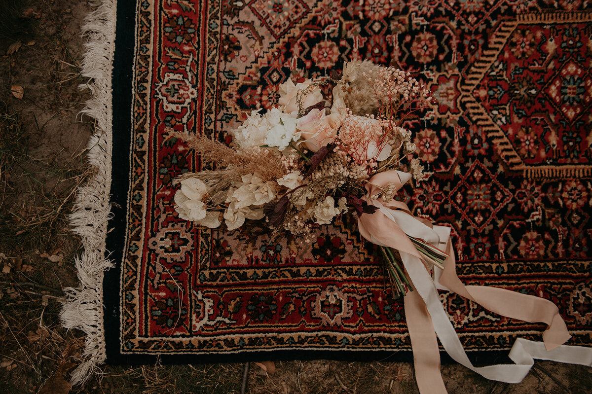 Dutch_Adventure_Elopement_Amber_Spits_Photography_Styling-17