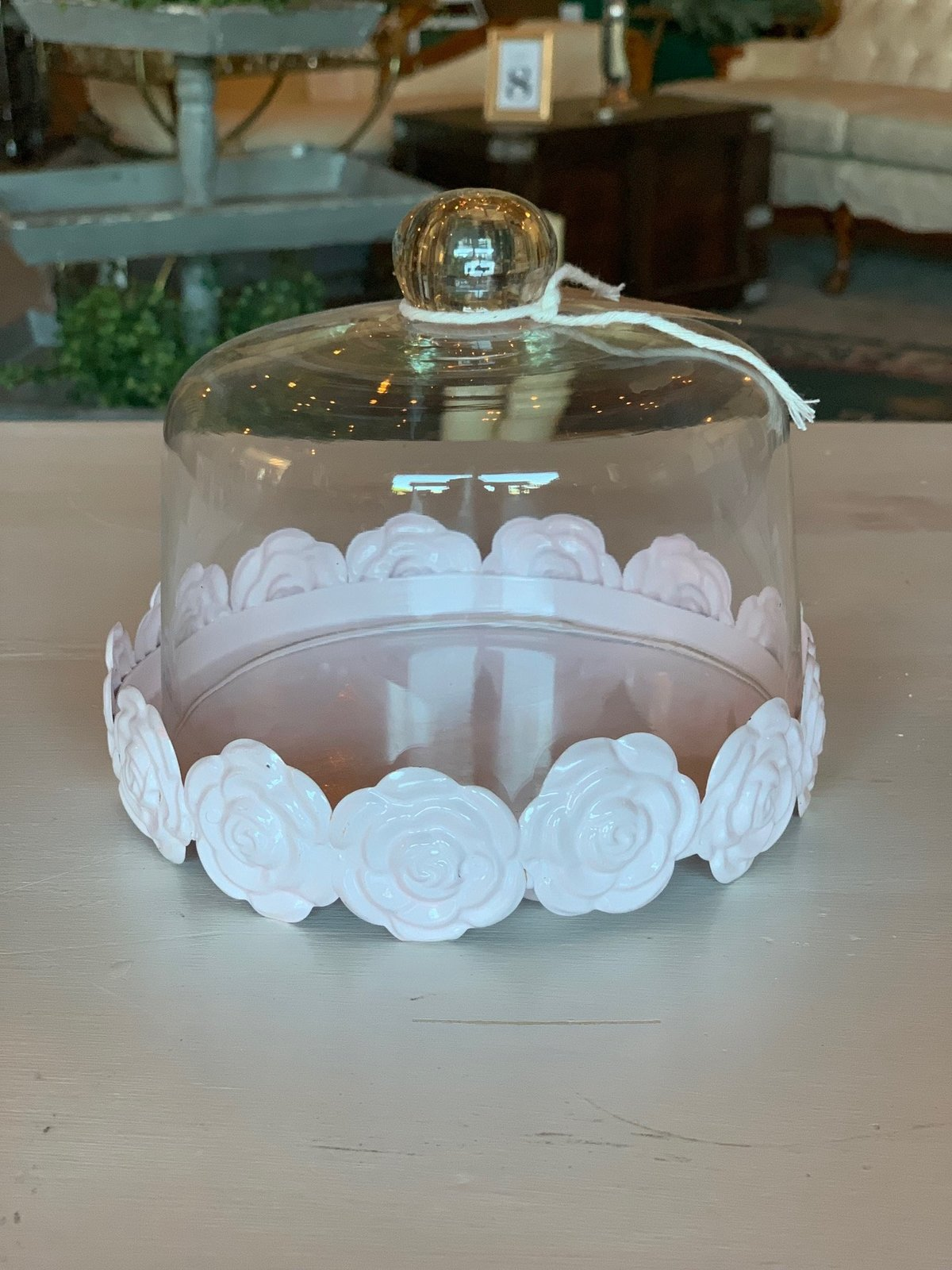 pink mini cake stand with cloche