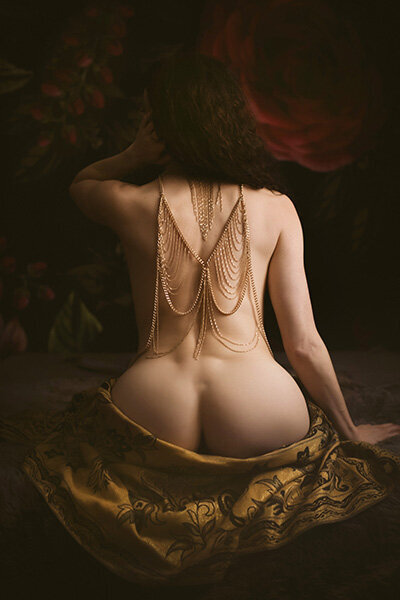 velvet light boudoir savannah photographer