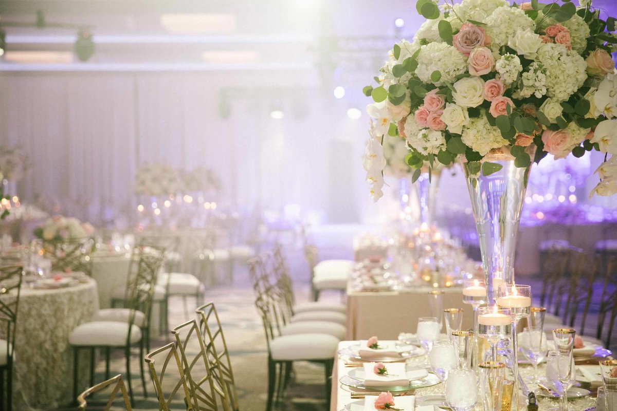 26Luxe-fusion-wedding-flora-nova-design