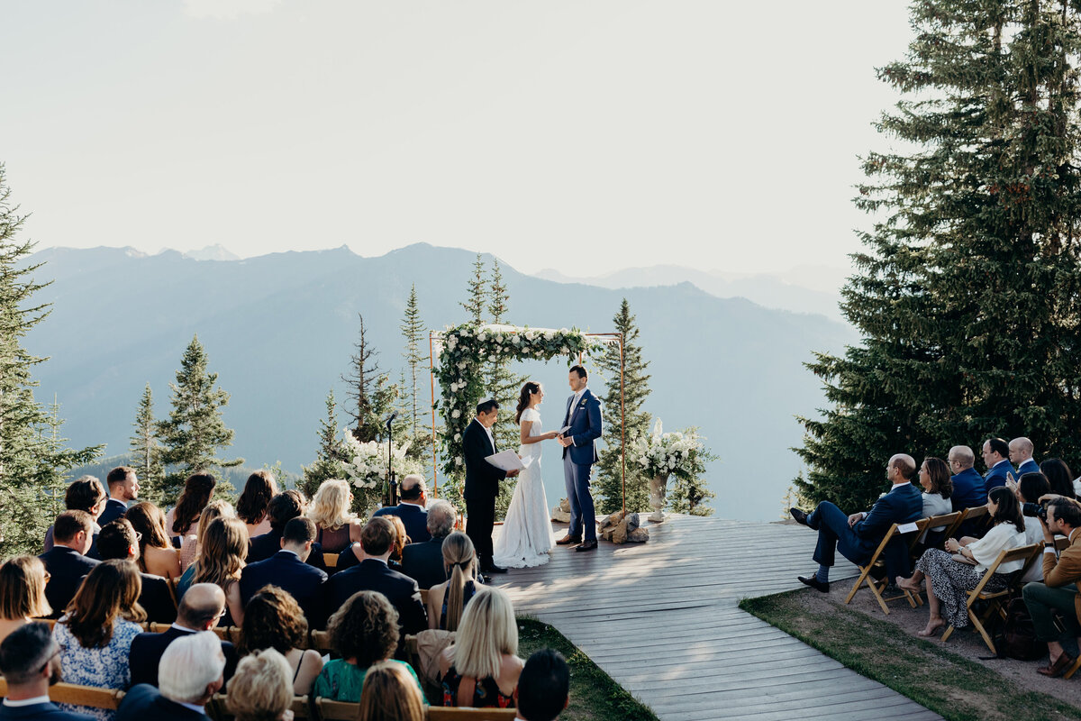 gps-aspen-the-little-nell-wedding-deck-ceremony-mountaintop-3