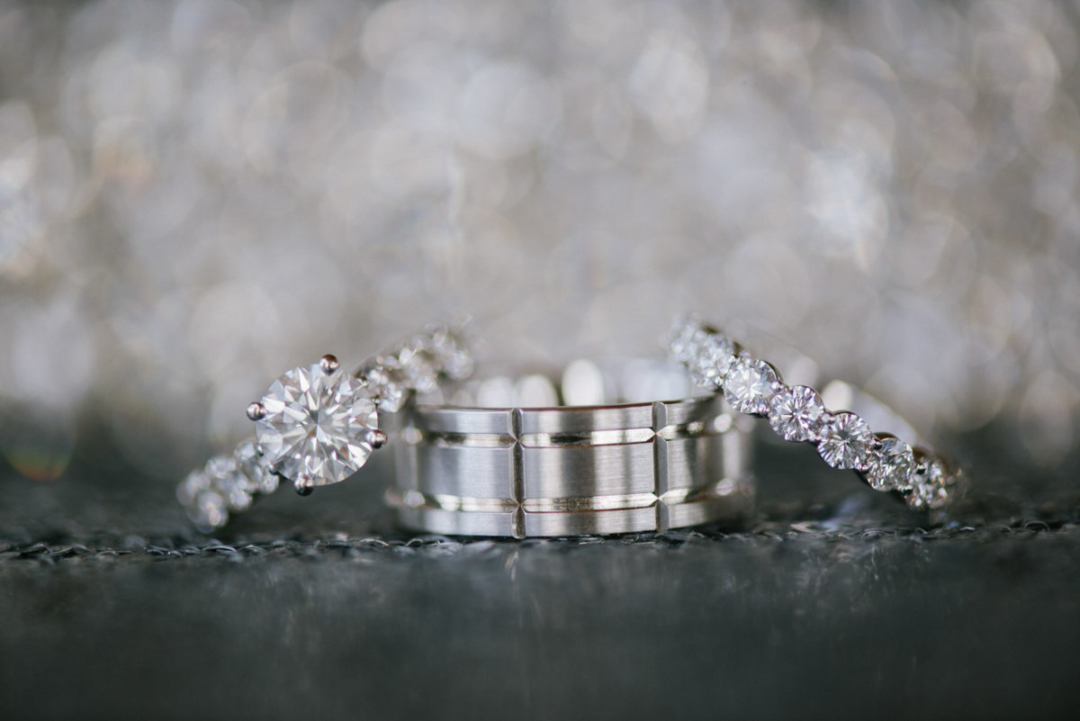 Luxury wedding rings