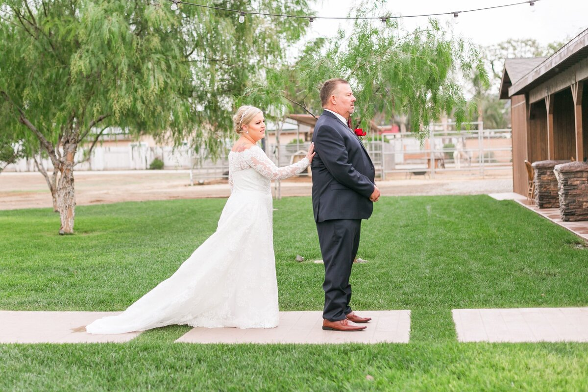 Kelli-Bee-Photography-Gallery-Farm-Southern-CA-Norco-Rustic-Wedding-Luxury-Lifestyle-Photographer-Lauren-Ben-0016