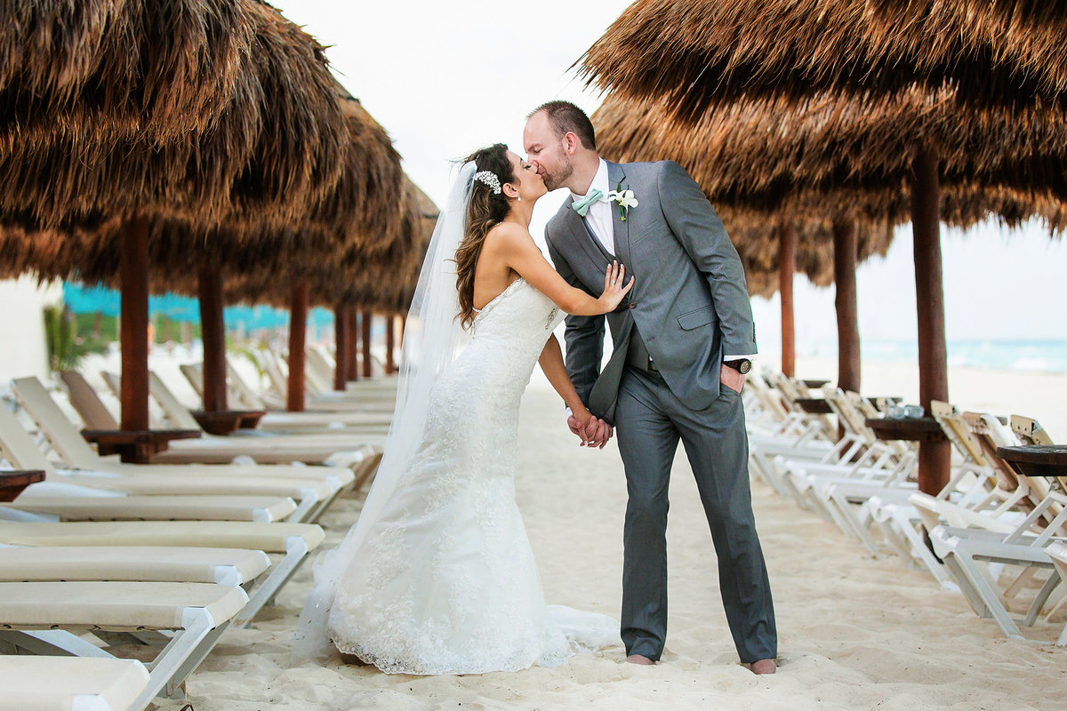 057-omni-cancun-hotel-and-villas-wedding-photos-brittney-shawn