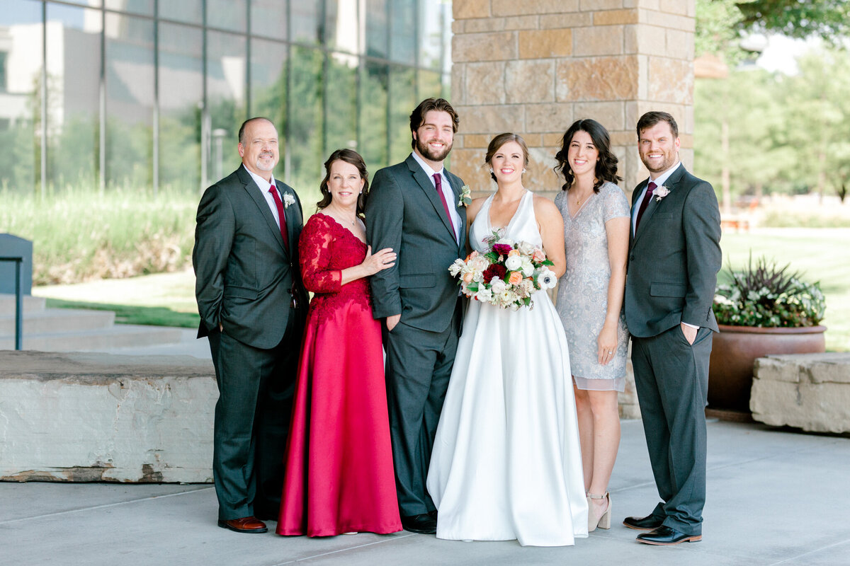 Kaylee & Michael's Wedding at Watermark Community Church | Dallas Wedding Photographer | Sami Kathryn Photography-75