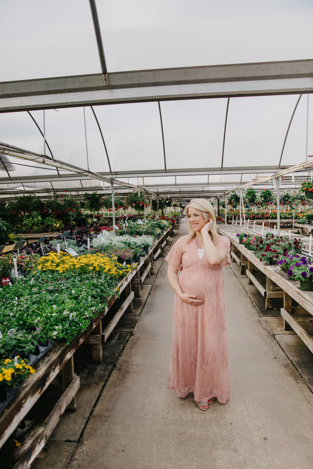 greenhouse-maternity-photography-session-raleigh-2657