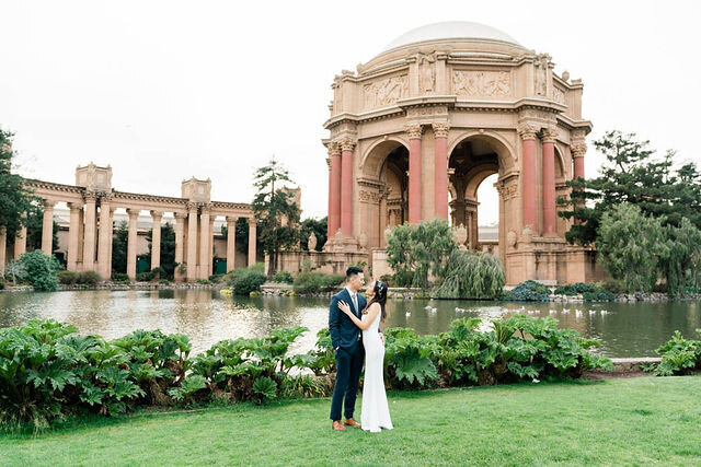 palace-of-fine-arts-san-francisco-engagement-5