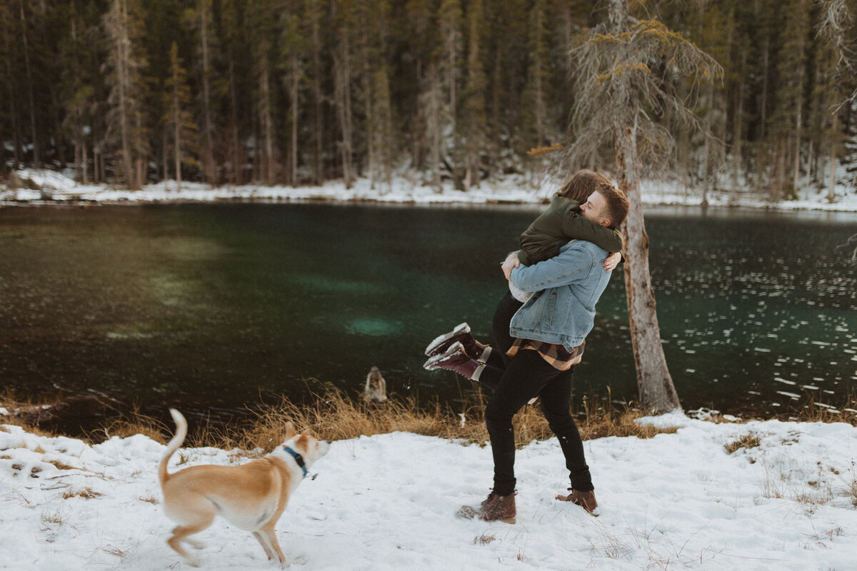liv_hettinga_photography_canmore_quarry_lake_engagement-1