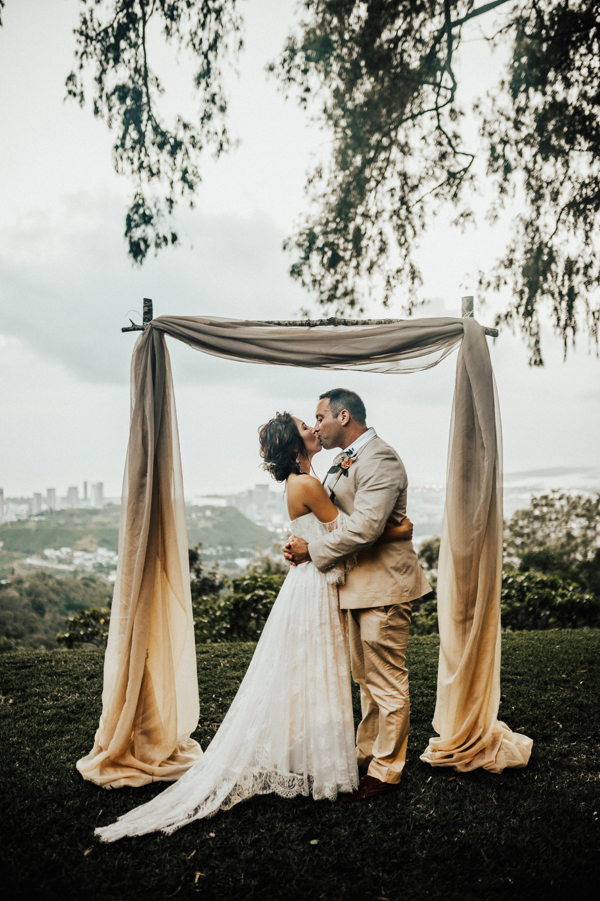 liljestrand-house-tantalus-drive-honolulu-hawaii-bohemian-inspired-wedding-187