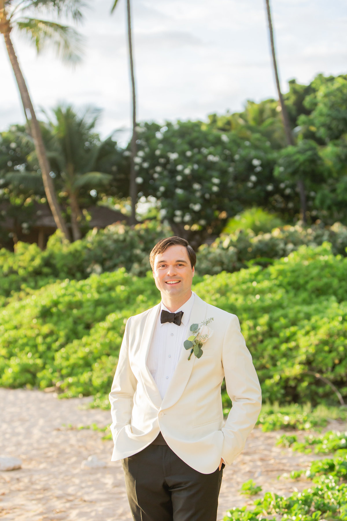 Maui venue wedding photography - groom