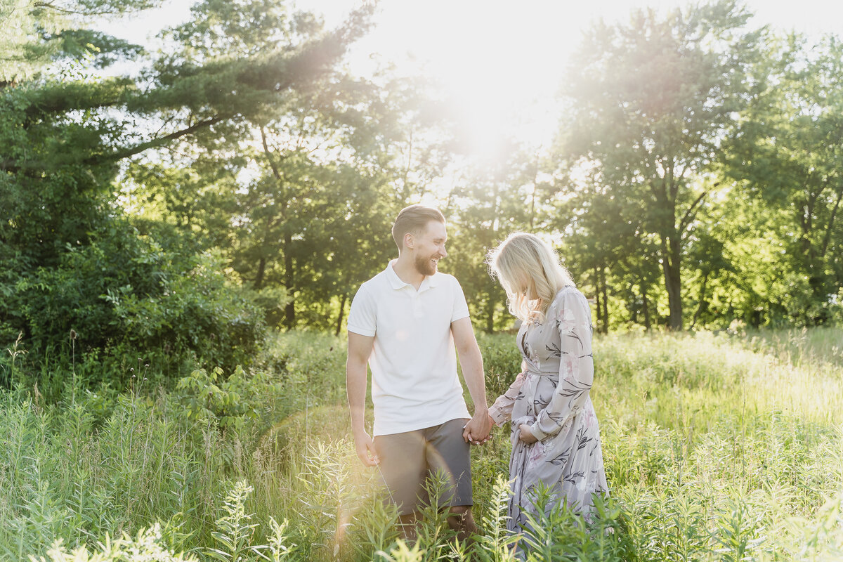 stony creek metro park summer sunset engagement photos