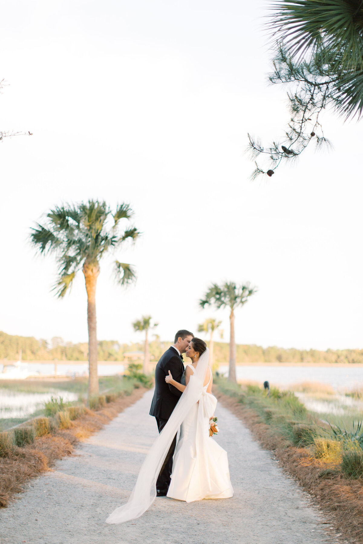 Powell_Oldfield_River_Club_Bluffton_South_Carolina_Beaufort_Savannah_Wedding_Jacksonville_Florida_Devon_Donnahoo_Photography_0919