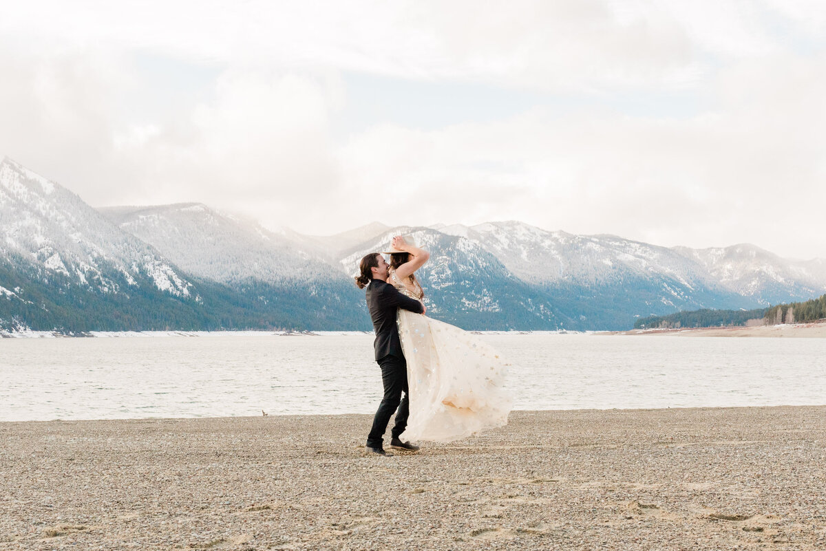 Cle-Elum-Washington-Lake-Elopement-Photographer-Photography-68