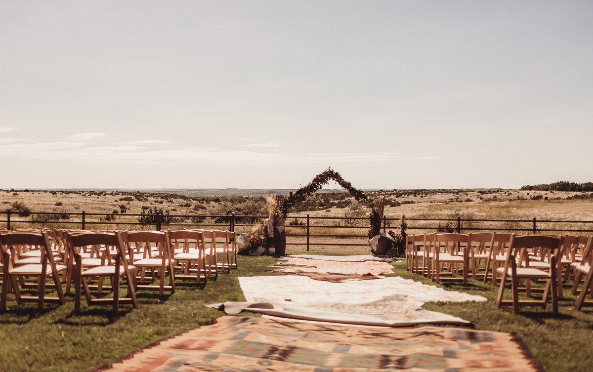 texas-ranch-wedding-native-roaming-77