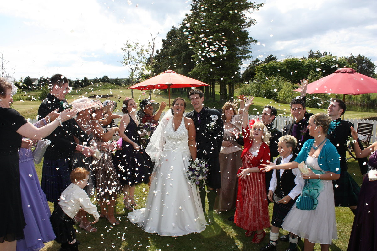 Group Photography of confetti moment