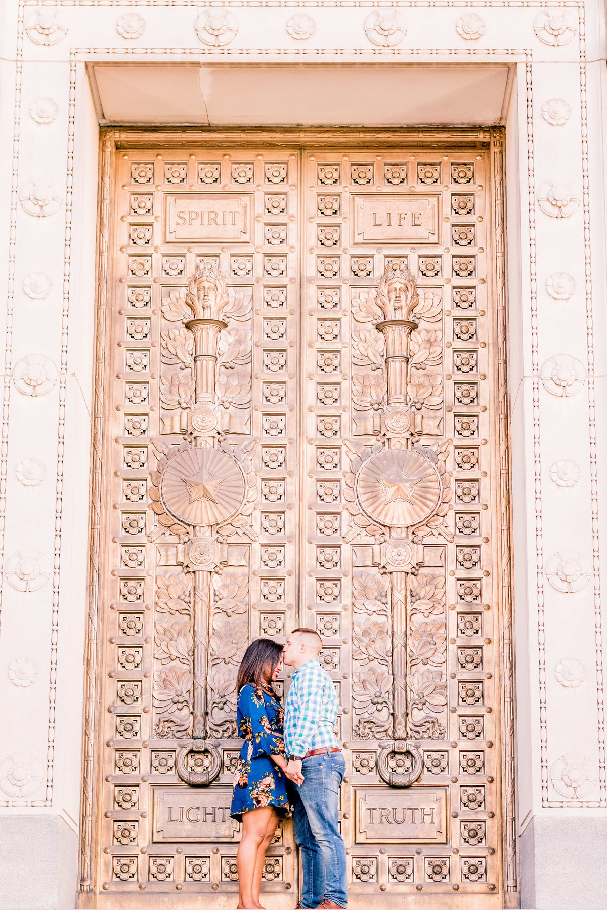 Engagement Photographer Couple Photographer Downtown Indianapolis Photographer-15