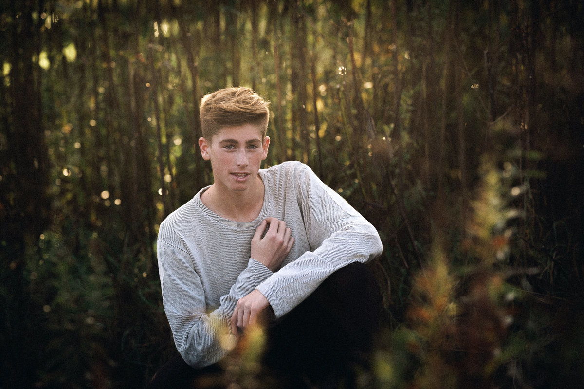 fall-senior-pictures-boy