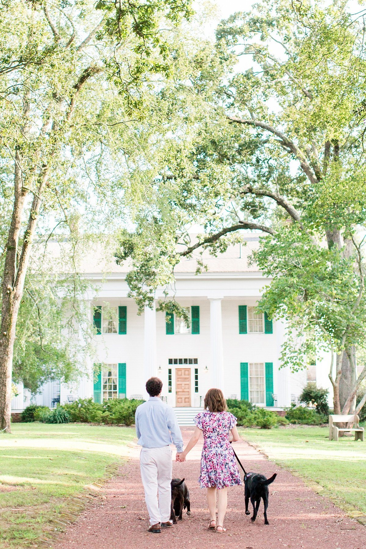 Roswell-Barrington Hall-Engagement-Photos-_0006