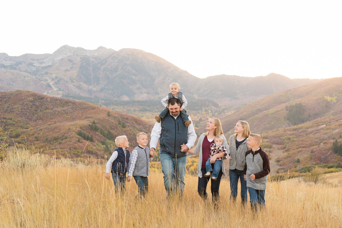Snowbasin Fall Family Pictures - Jessie and Dallin-6