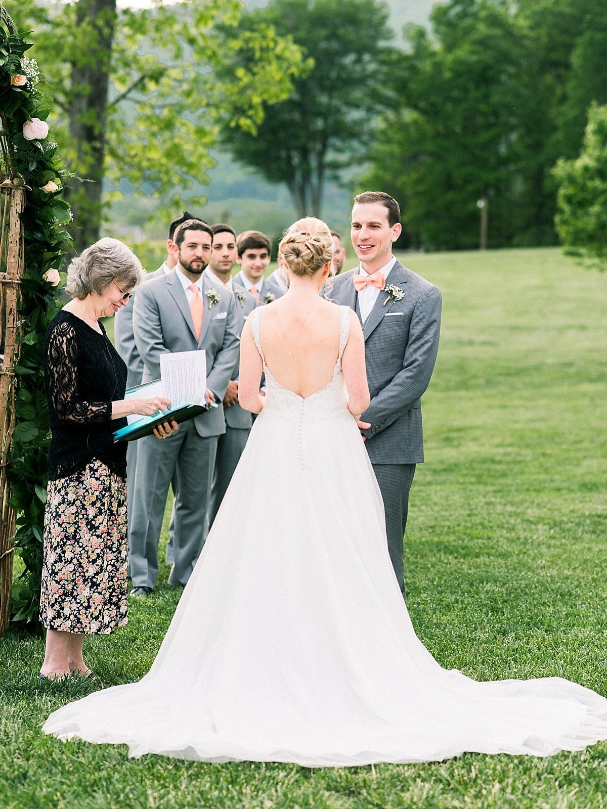 emily-marie-photography-virginia-wedding_0261