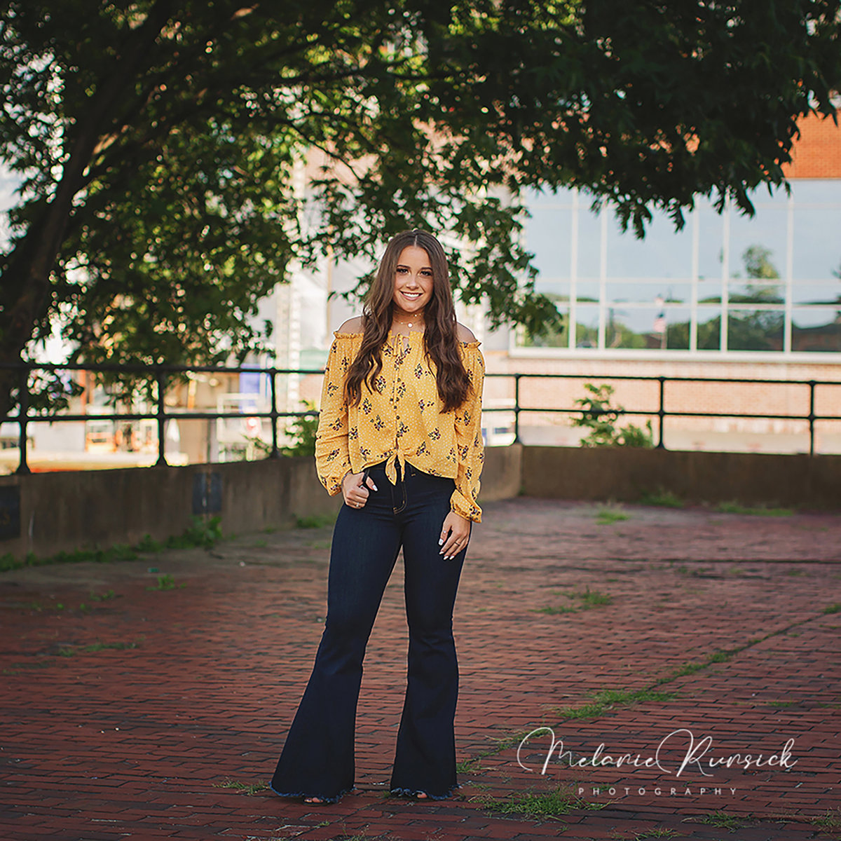 fashion senior photographer Melanie Runsick Photography