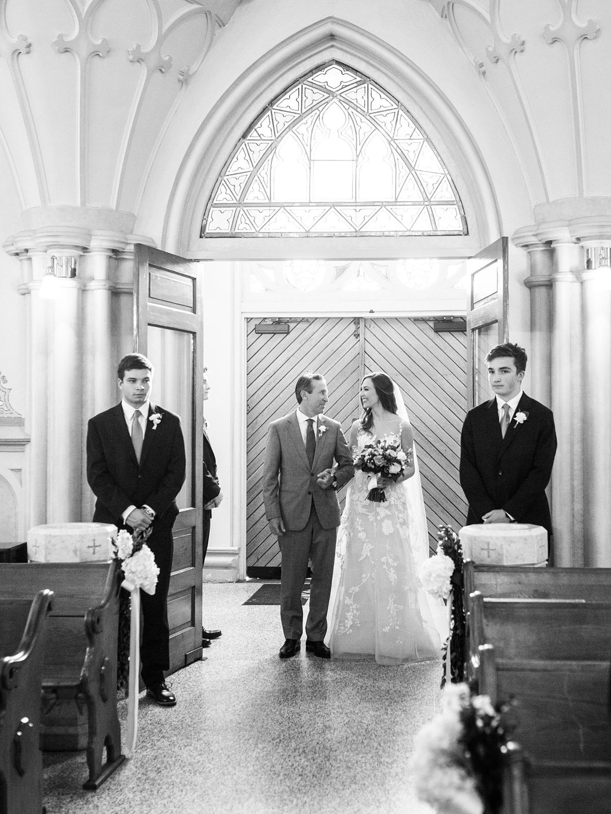 capital-hotel-little-rock-wedding-katimallory083