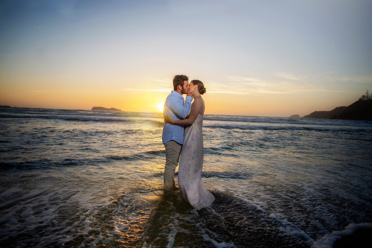 Humboldt-County-Engagement-Photographer-Beach-Engagement-Humboldt-Trinidad-College-Cove-Trinidad-State-Beach-Nor-Cal-Parky's-Pics-Coastal-Redwoods-Elopements-9