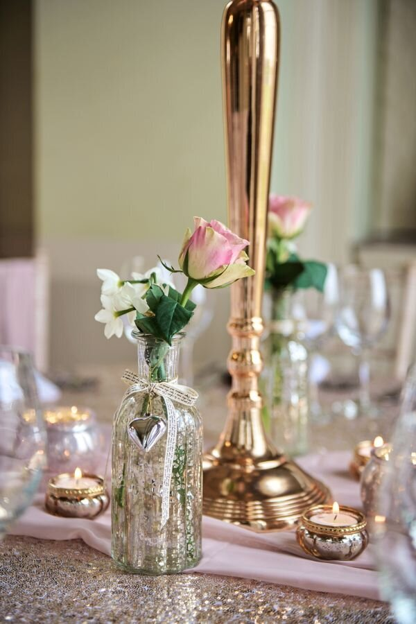 Dusky pink and gold wedding Prestwold Hall sm (3)