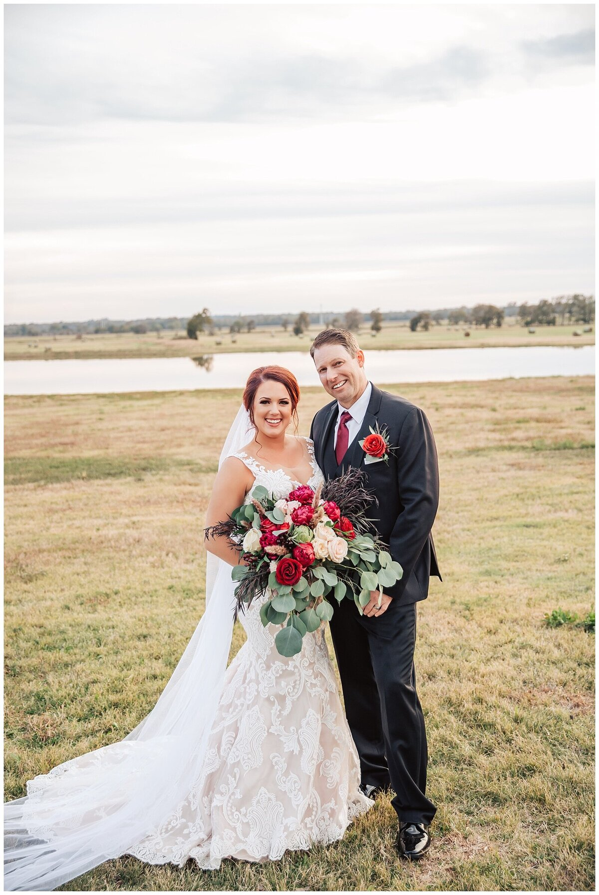 Rustic Burgundy and Blush Indoor Outdoor Wedding at Emery's Buffalo Creek - Houston Wedding Venue_0685