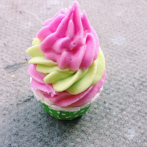 strawberry lime bath bomb cupcake