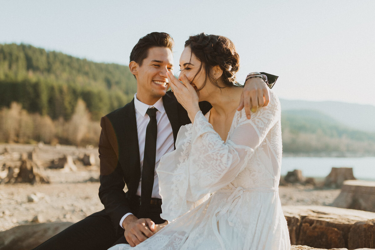 liv_hettinga_photography_seattle_lake_adventure_elopement-14