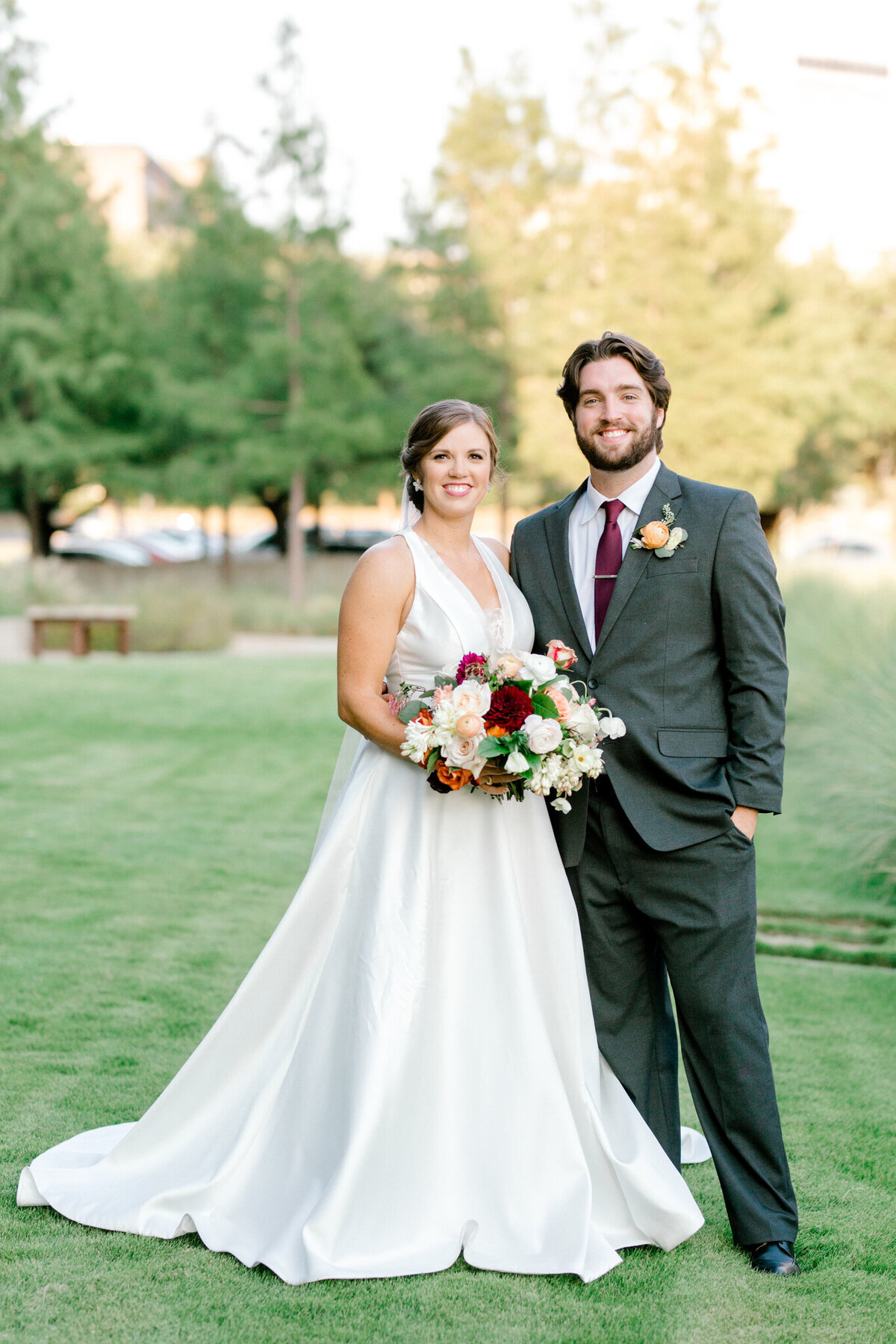 Kaylee & Michael's Wedding at Watermark Community Church | Dallas Wedding Photographer | Sami Kathryn Photography-118
