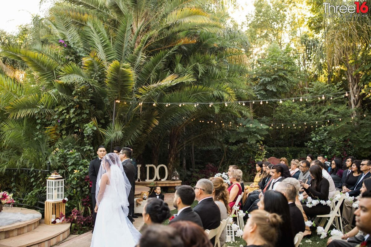 wedding ceremony outdoors in los angeles photographer moorpark california