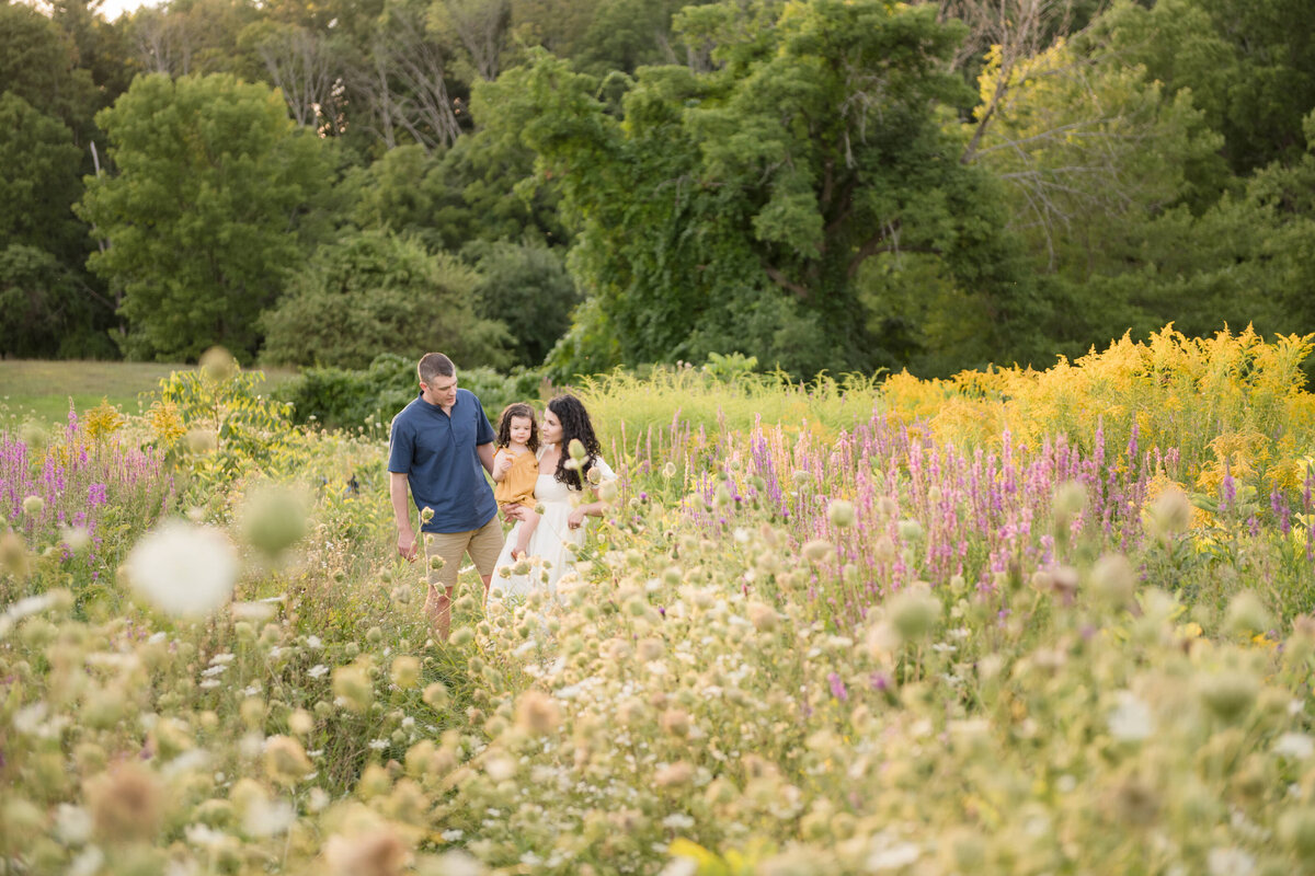 Boston-family-photographer-bella-wang-photography-Lifestyle-session-outdoor-wildflower-62