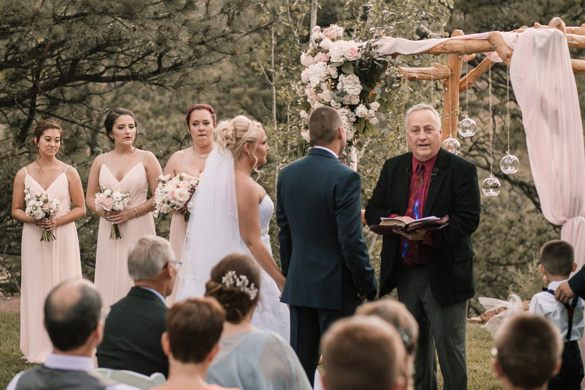 lauren-todd-lionscrest-manor-colorado-wedding-outdoor-photography-photographer-Dgass-Photography-0942