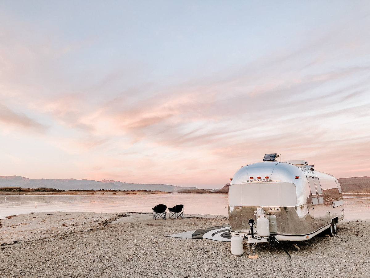 Shop our fave outdoor gear for RV life | Airstream trailer | DESIGN THE LIFE YOU WANT TO LIVE | LynneKnowlton.com