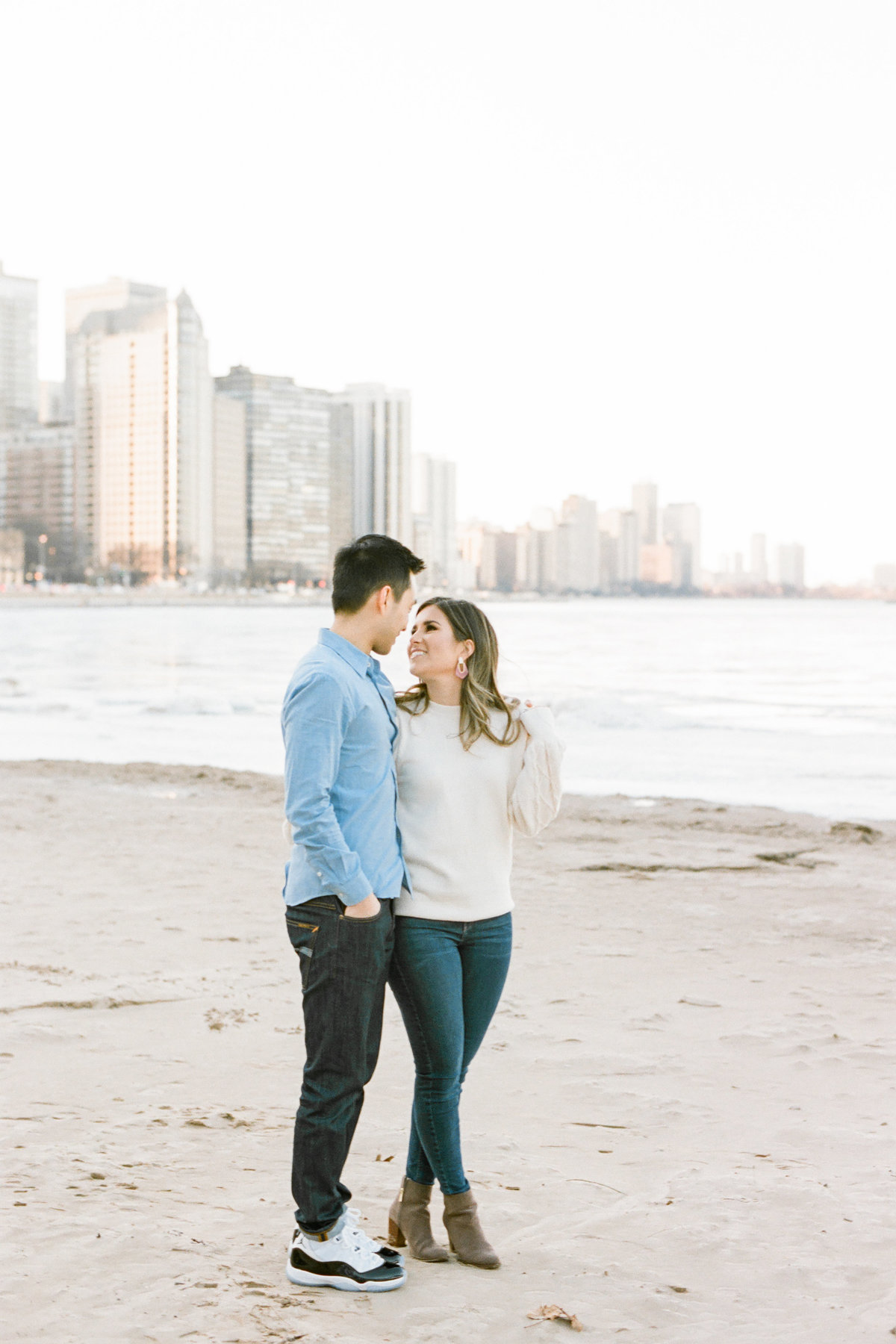 ohio-beach-chicago-engagement-photo