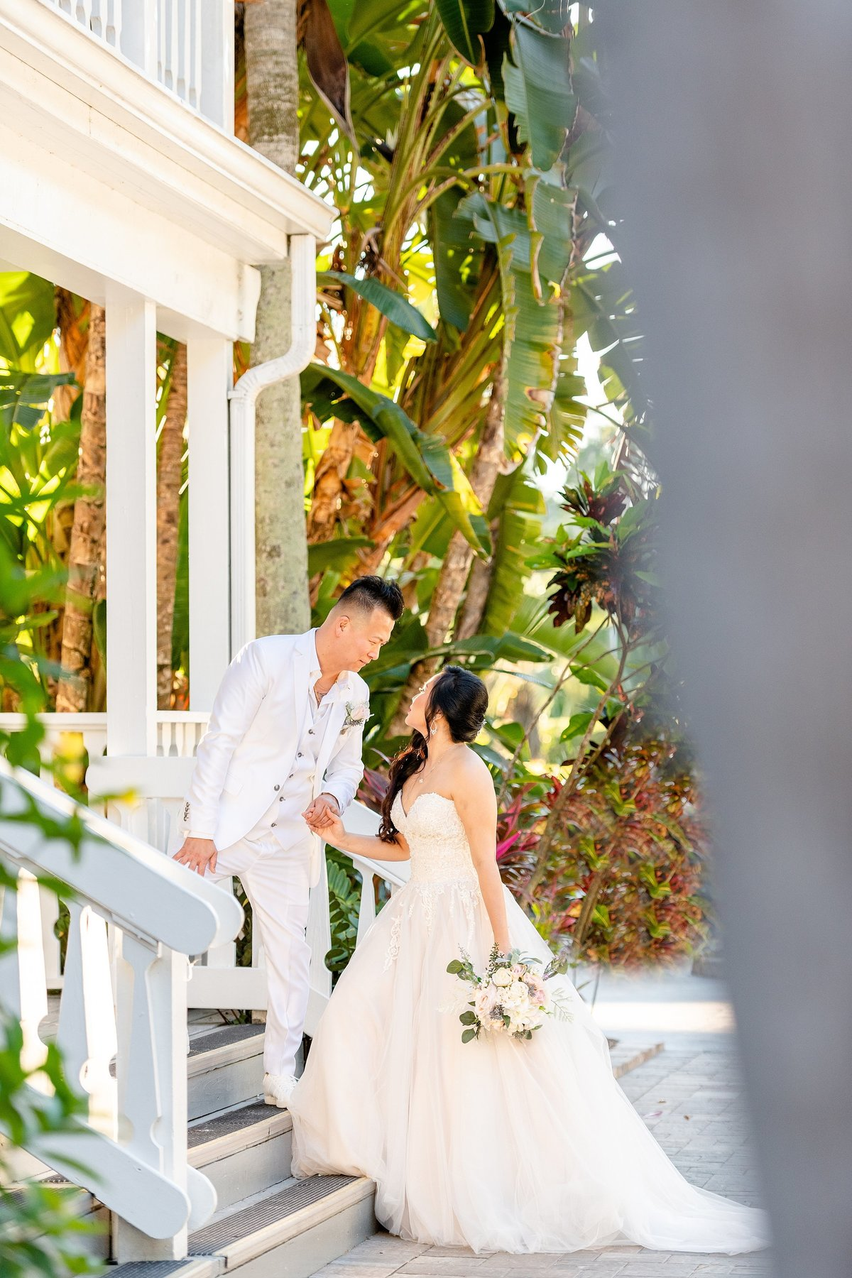 Bride and Groom at Paradise Cove | Orlando Wedding Photographer