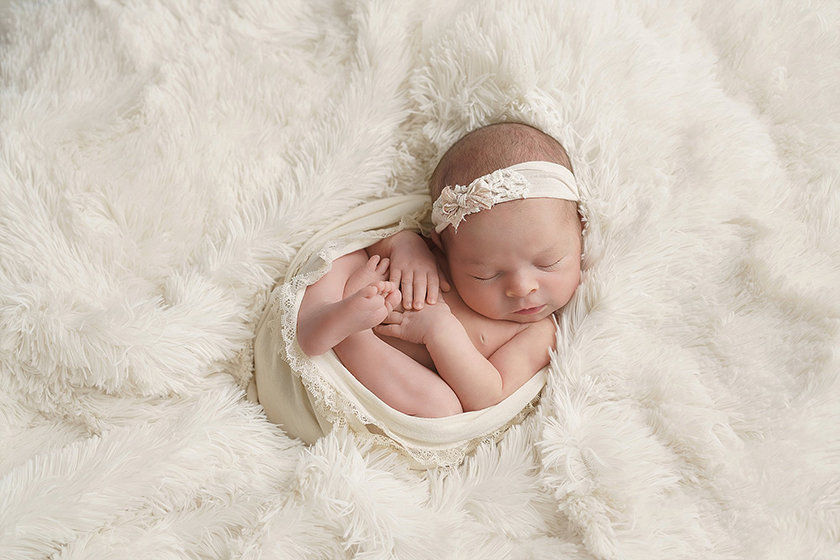 Caro_MI_Newborn_Photographer1308